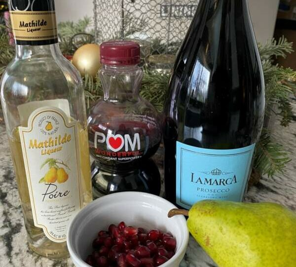 Ring In The New Year With These Prosecco Pick-Me-Ups and 10 Creative Snack Board Ideas
