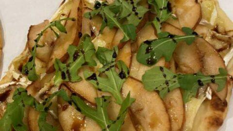 Six Ingredient Warm Pear Brie Arugula Naan