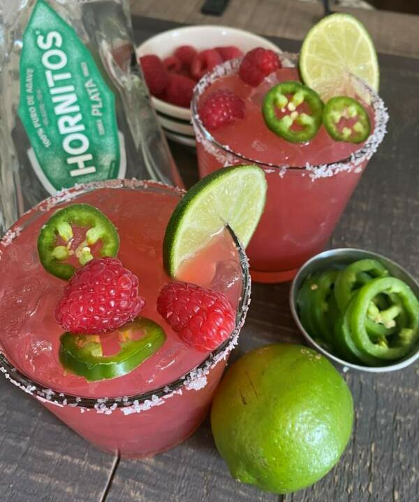 Monday Margarita Madness−Raspberry Rhubarb Margarita
